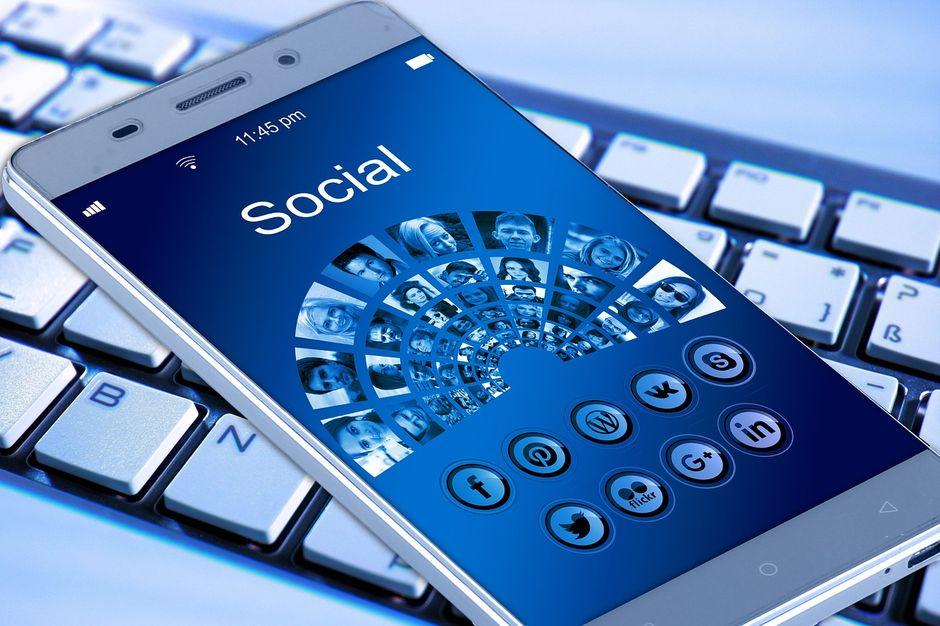 réseaux sociaux et partages permettent de bénéficier de nombreux avantages
